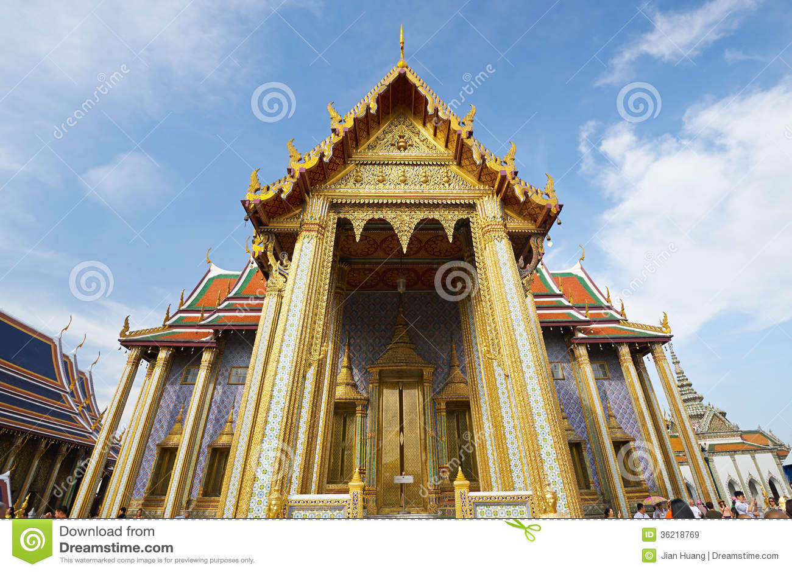 Wat Phra Kaeo στο μεγάλο παλάτι στη Μπανγκόκ