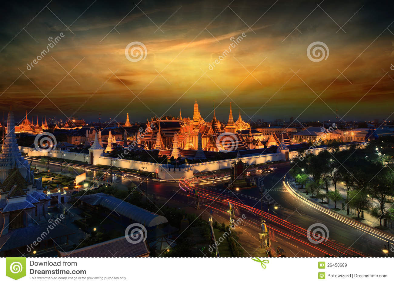 Wat Phra Kaew Royalty Free Stock Images - Image: 26450689