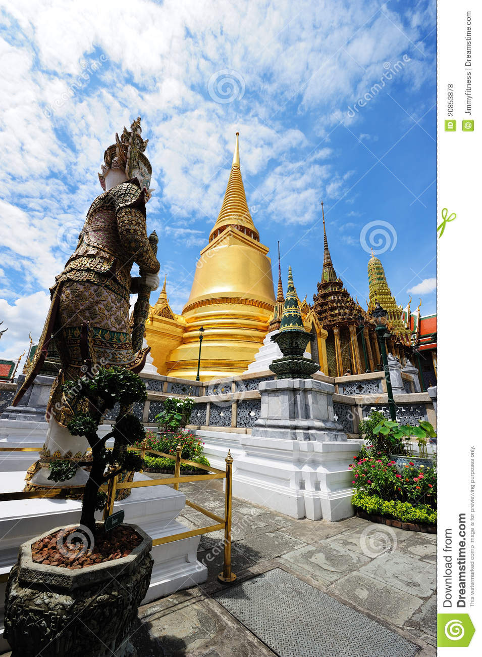 Wat Phra Kaew (Temple Of The Emerald Buddha) Royalty Free ...