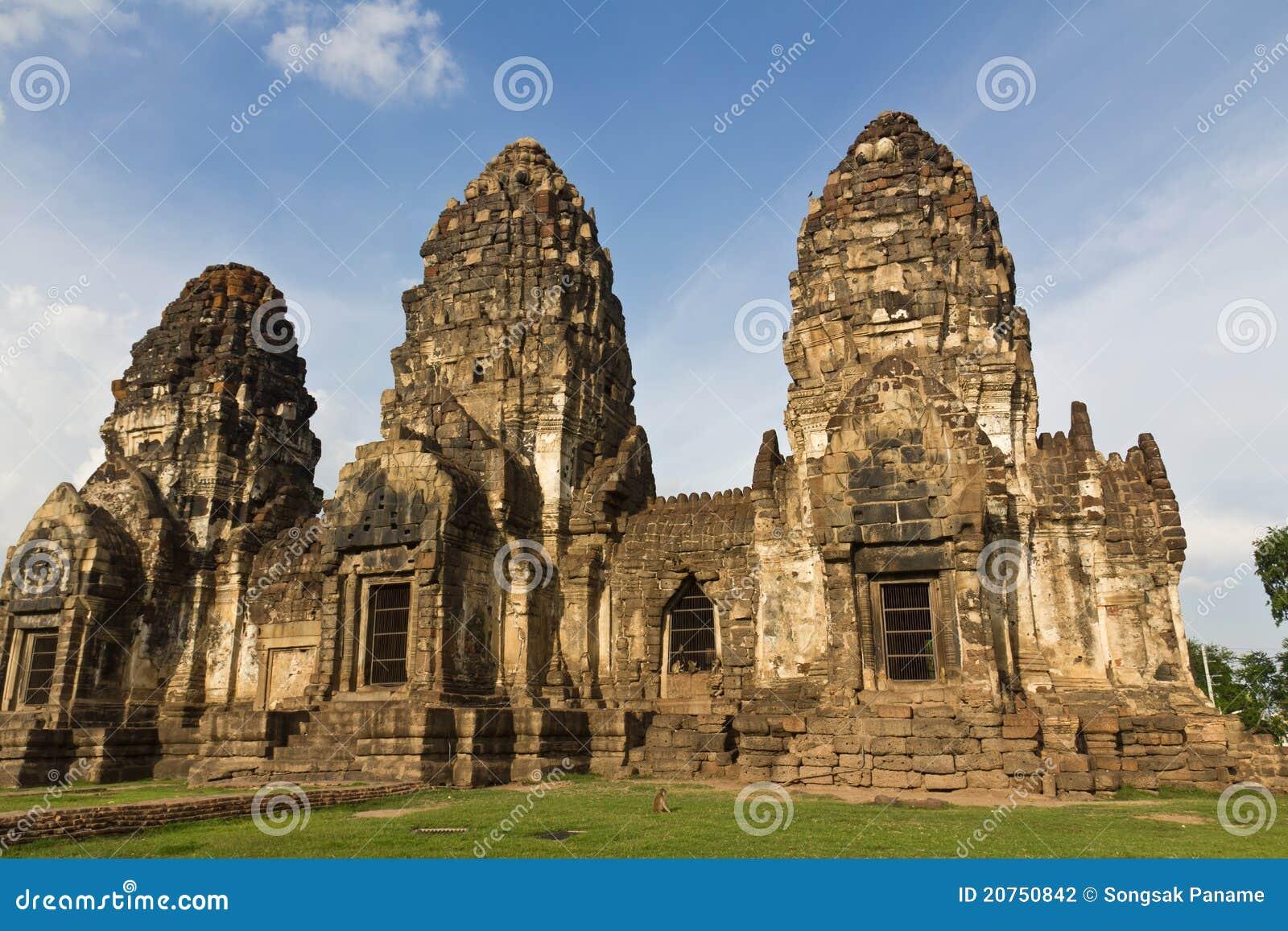 Wat Phra Prang Sam Yot Stock Photography - Image: 20750842