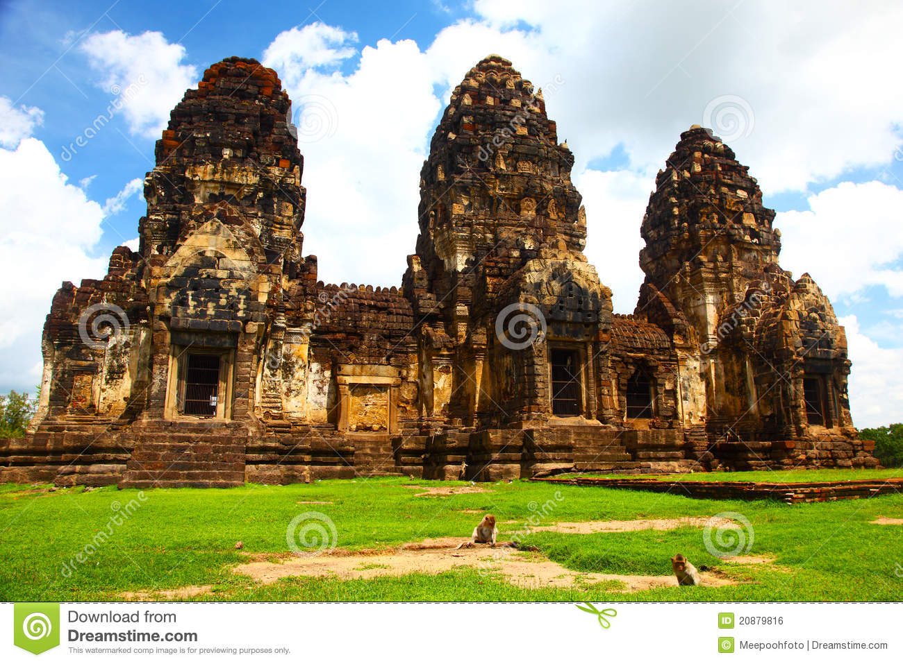 Wat Phra Prang Sam Yot Temple In Lopburi,Thailand Royalty ...