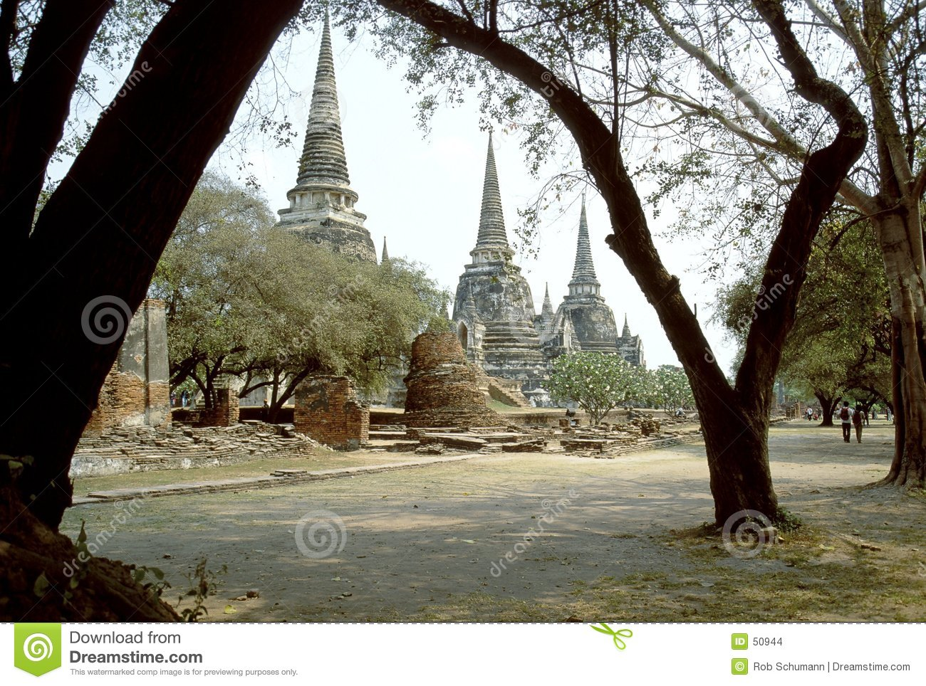 Download Wat Phra Sri Sanphet photo stock. Image du monument, archéologie - 50944