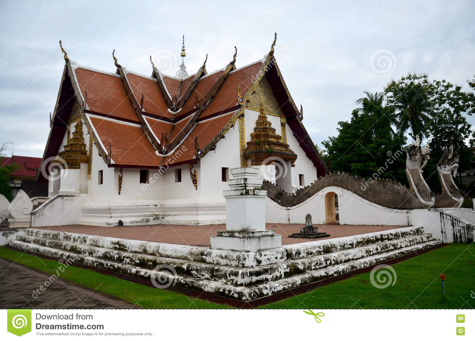 Wat Phu Mintr ou templo de Phumin em Nan, Tailândia