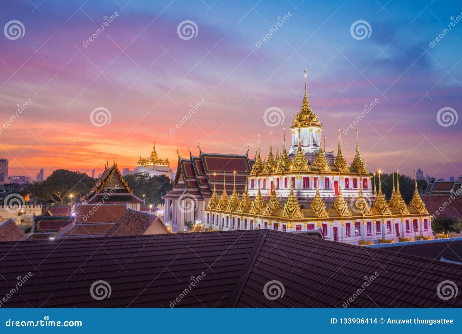 Wat Ratchanadda & Wat Saket w Bangkok Tajlandia