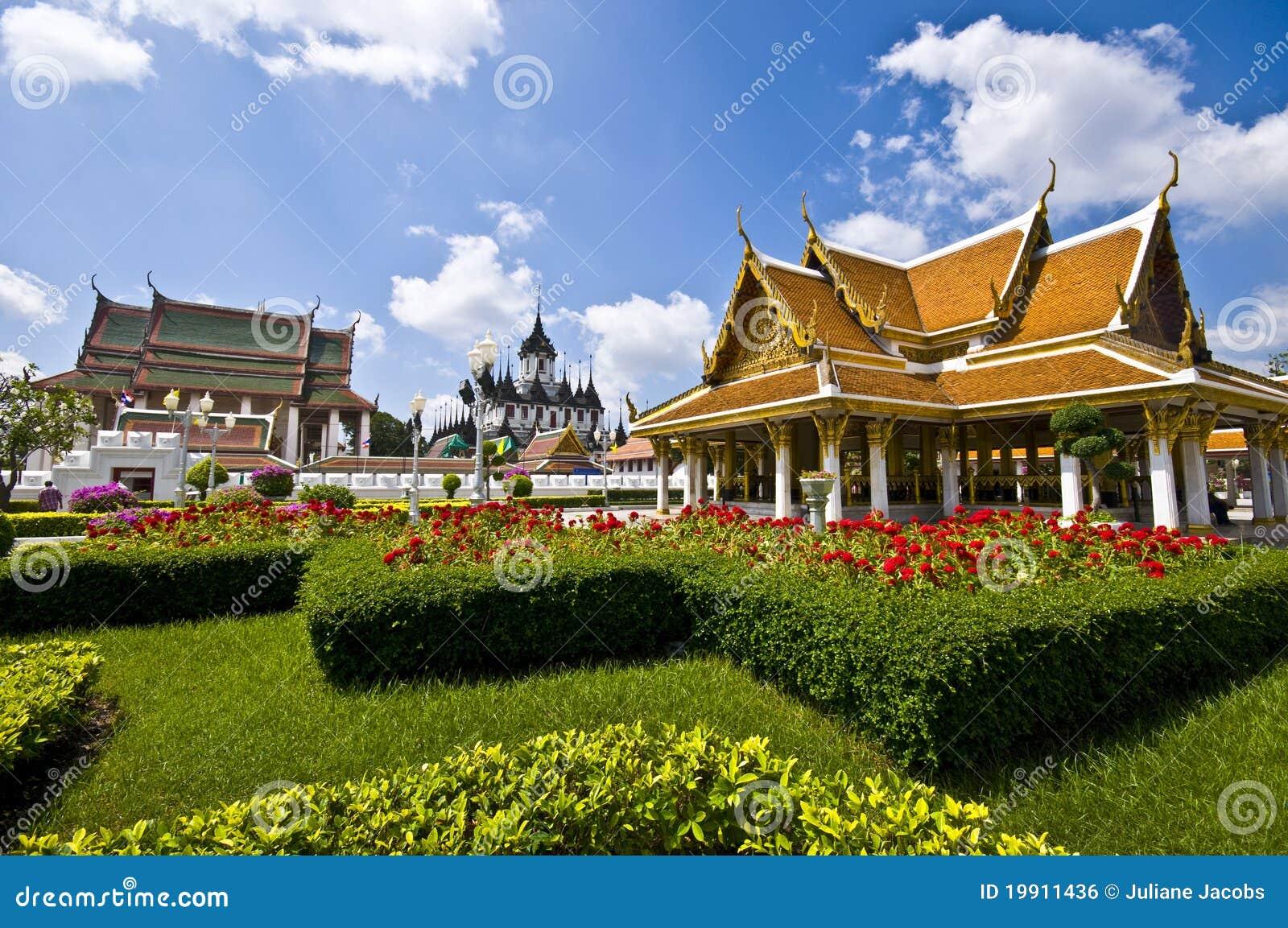 Wat Ratchanatdaram Royalty Free Stock Image - Image: 19911436