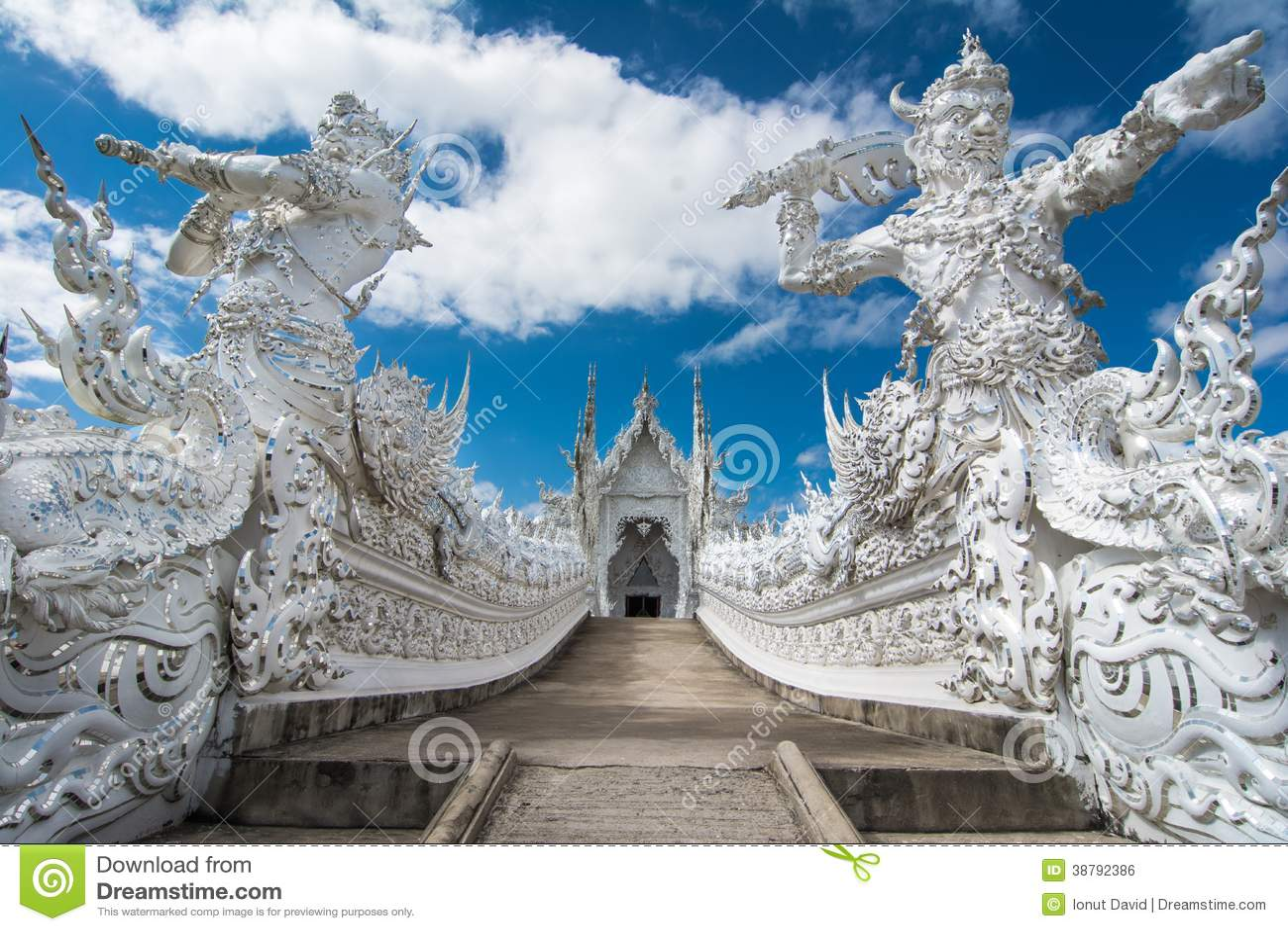 Wat Rong Khun (белый висок), Chiang Rai, Таиланд