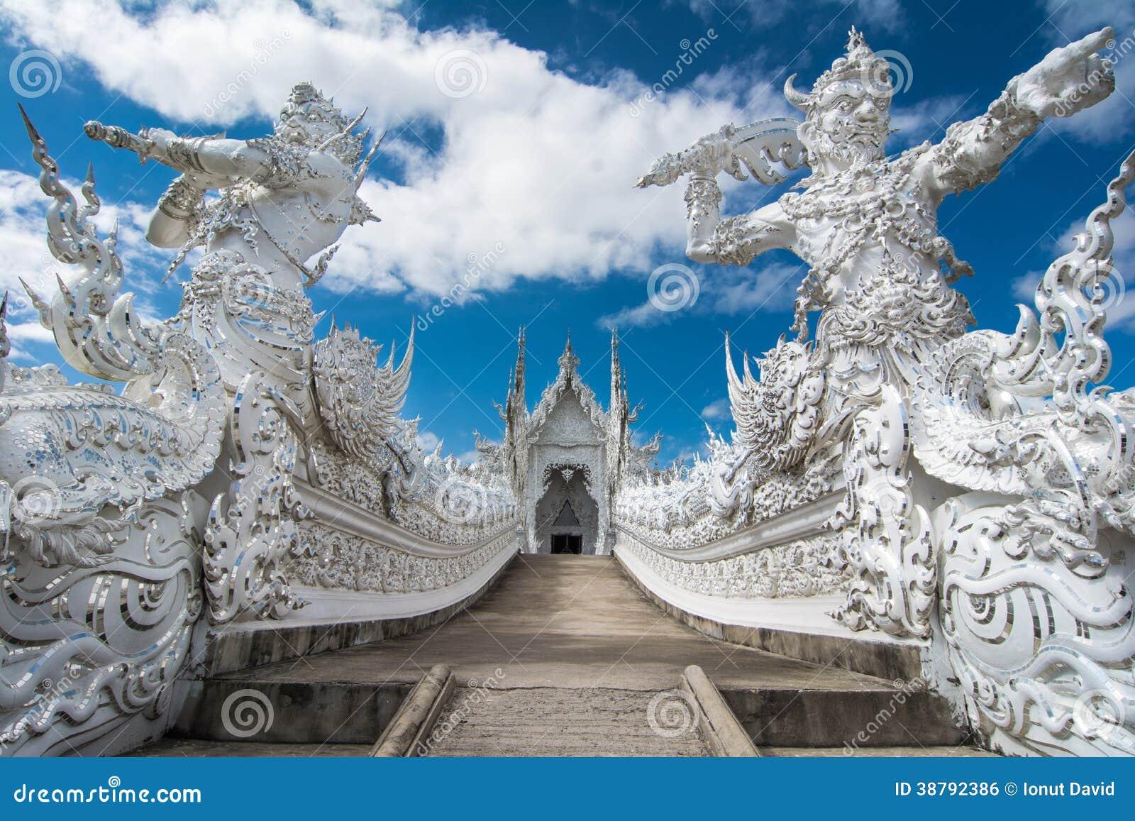 Wat Rong Khun (templo blanco), Chiang Rai, Tailandia