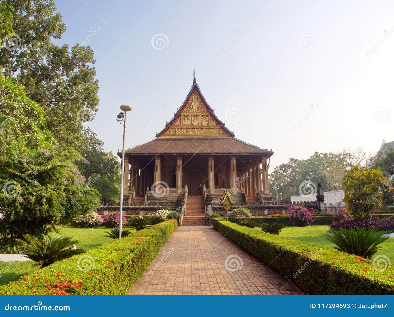 Wat Si Muang of Simuong zijn een Boeddhistische die tempel in Vientian wordt gevestigd