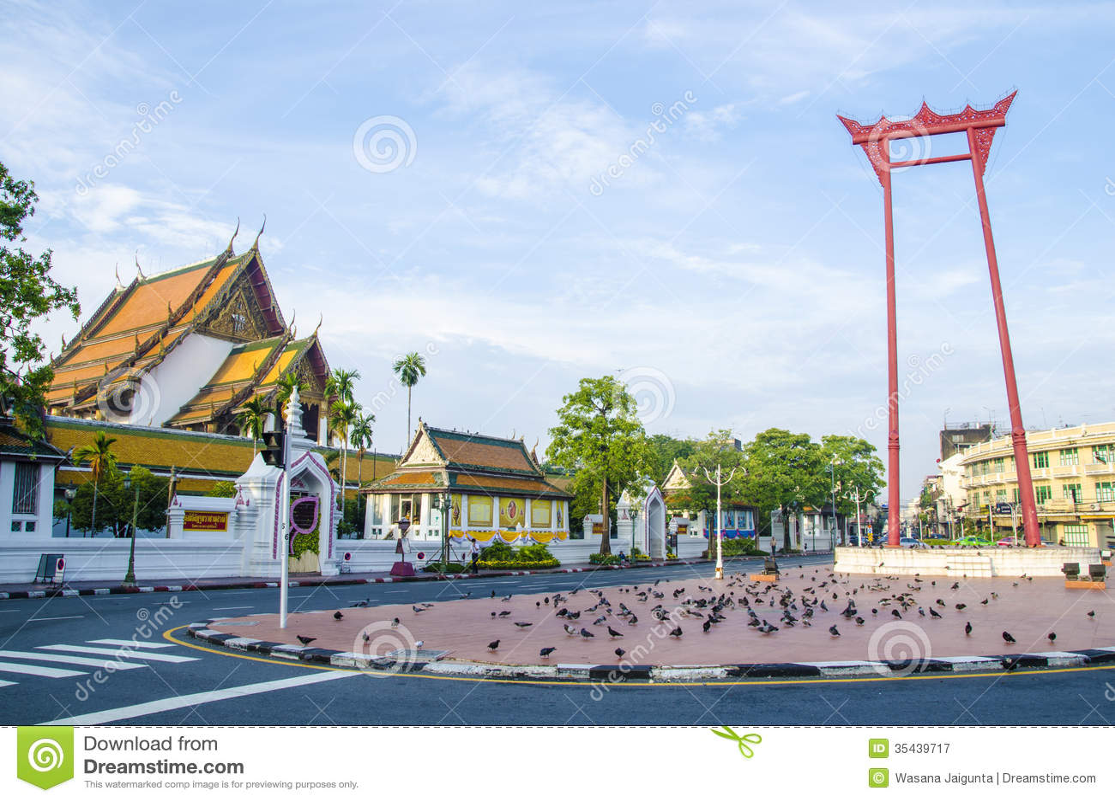 Wat Suthat Thepwararam Bangkok, Thailand Royalty Free Stock Photography - Ima...