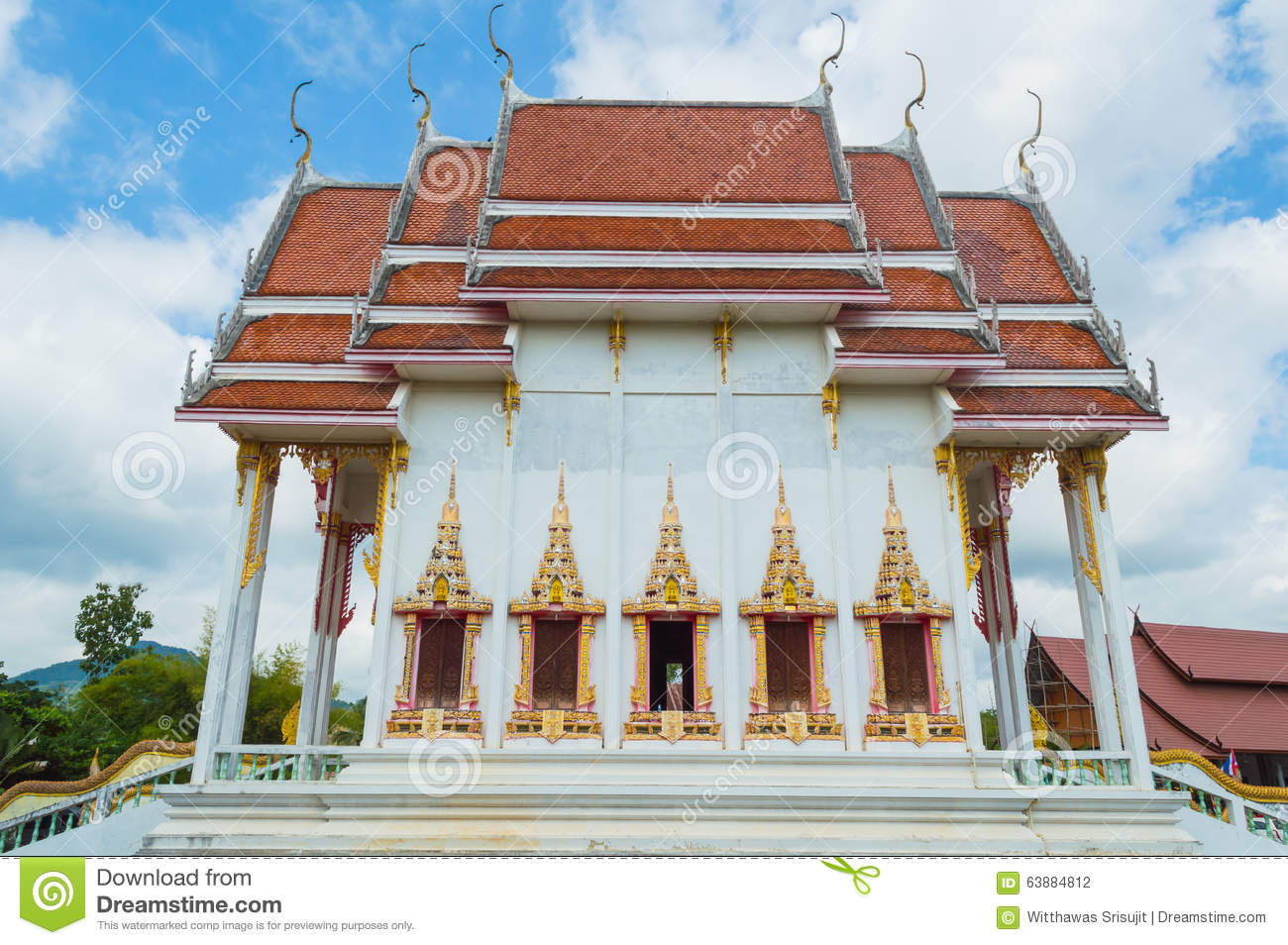 Wat tha ma naw buddhist temple stock photo image for Wat architecture