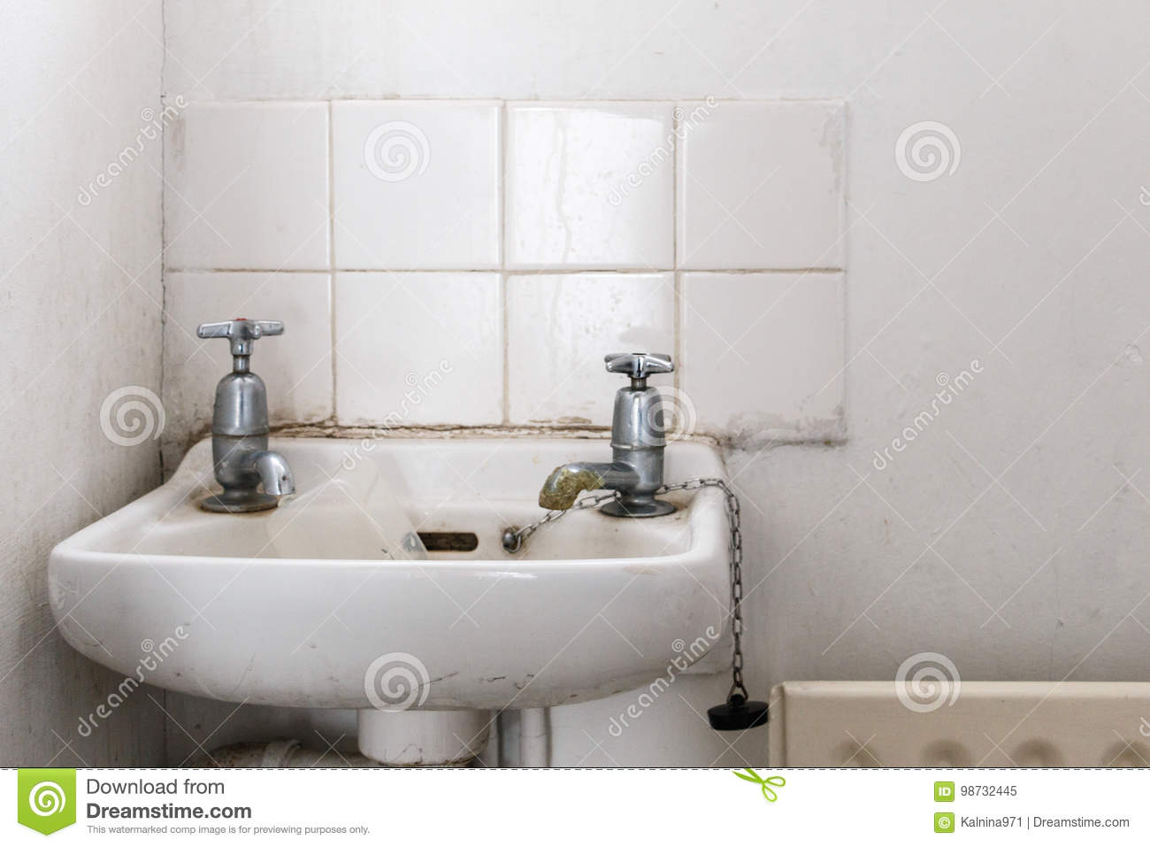 Water Basin With Separate Hot And Cold Water Taps As Used In Bri ...