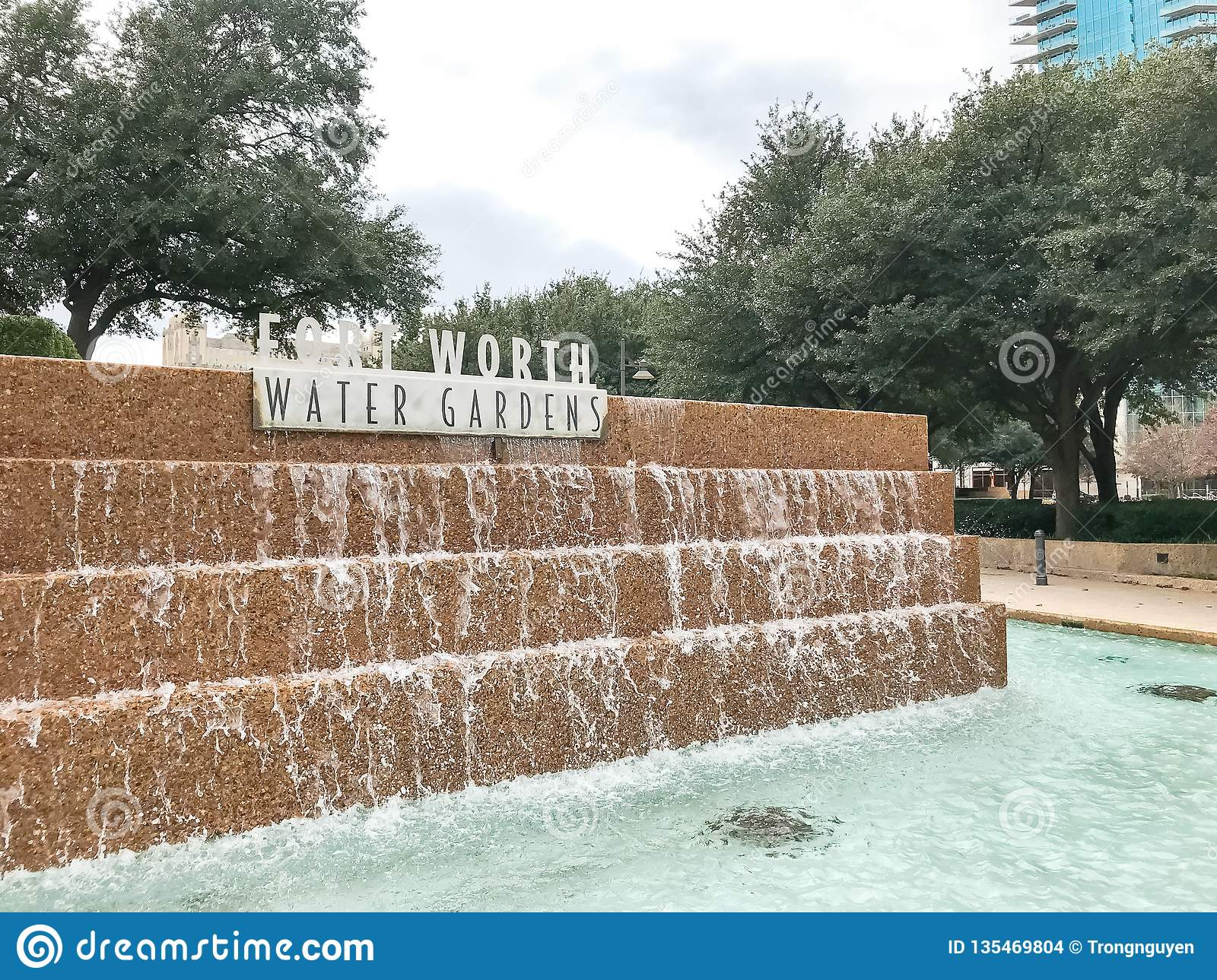 Water Gardens In Downtown Fort Worth Texas Stock Photo Image Of Concrete Rushing 135469804