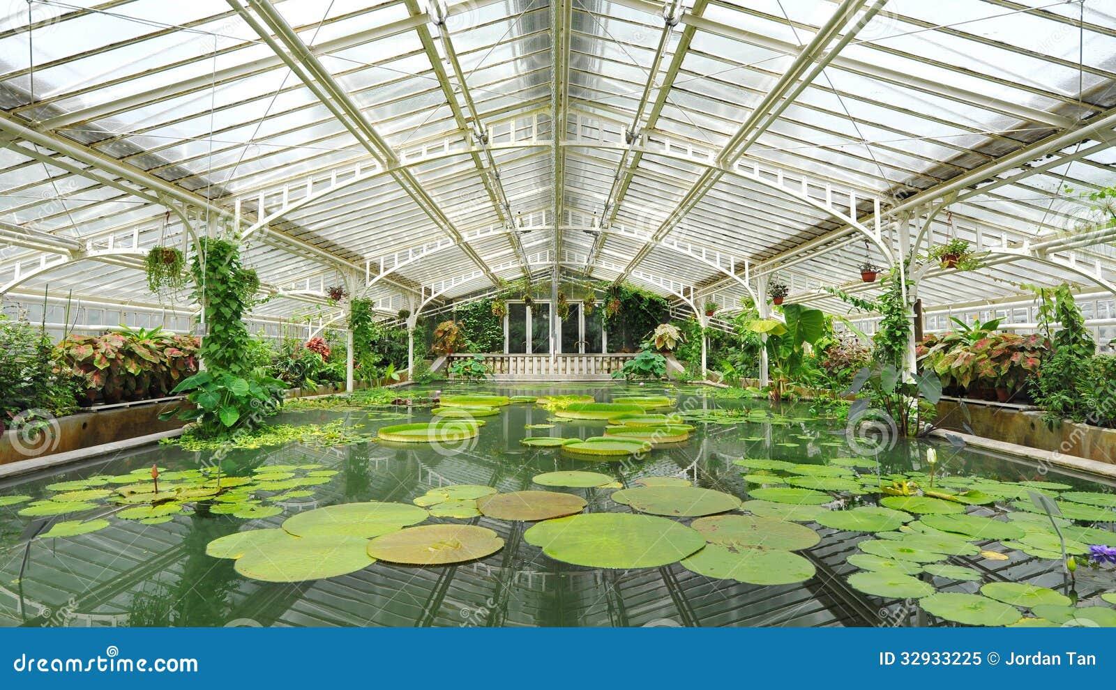 Botanical Glasshouse Stock Photo - Image: 43163765 - ^