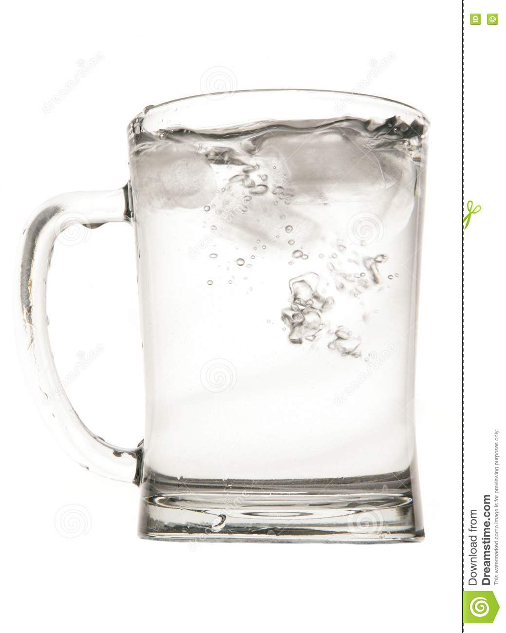 Re-Design a Flawed Object: Beer Glass - Essay Example