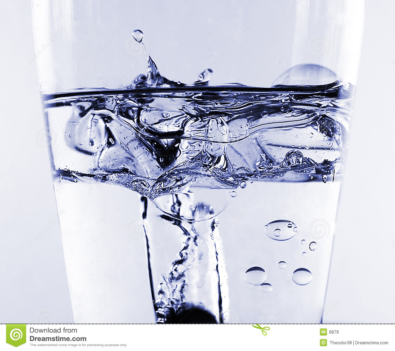 Water splash in oil and water