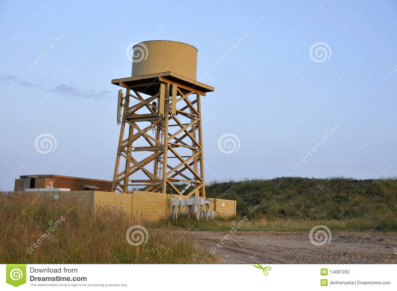Water Tower Tank : Water tank cellular tower stock photography image