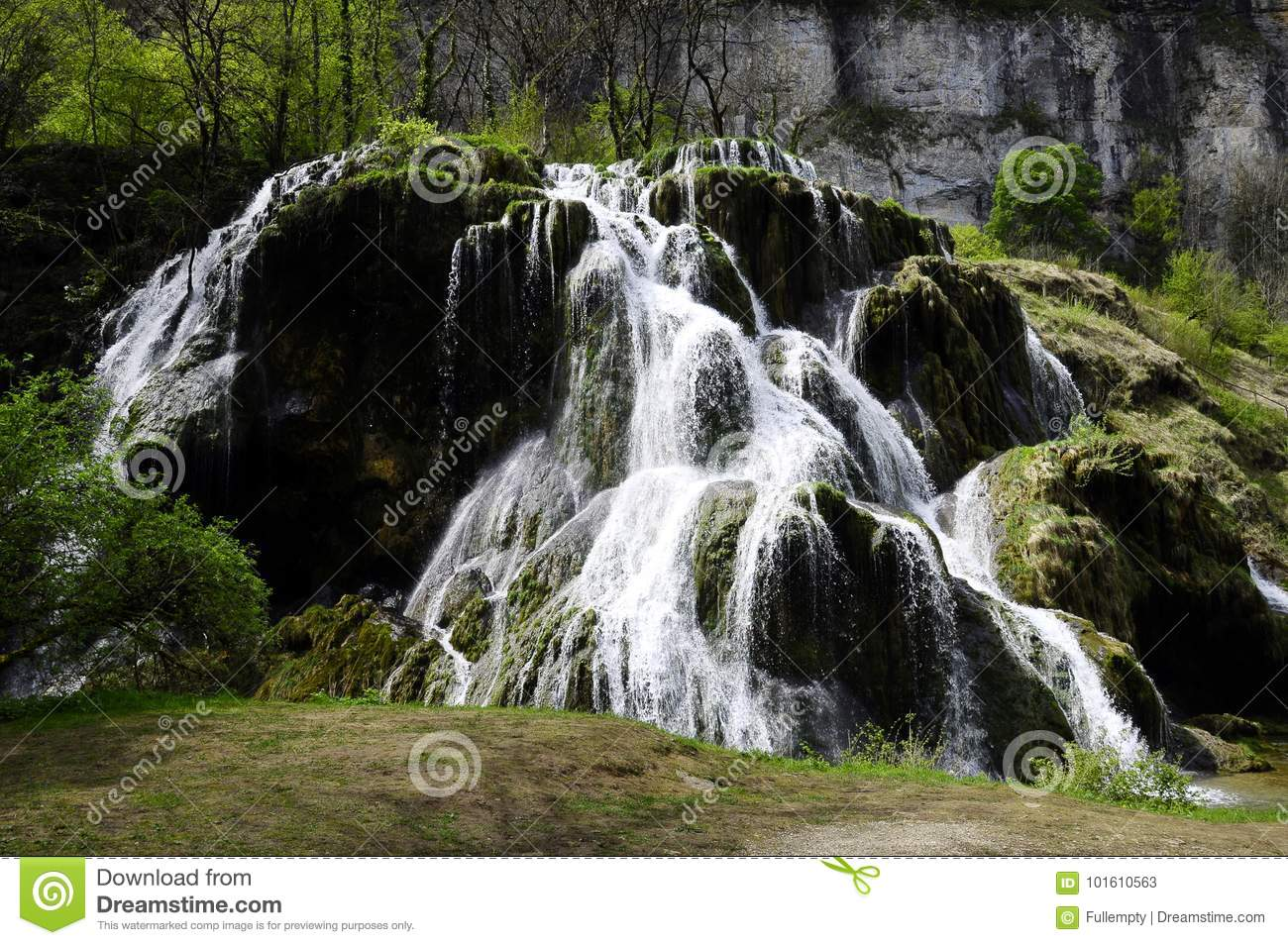 Waterfall and basins of Baume les messieurs in France