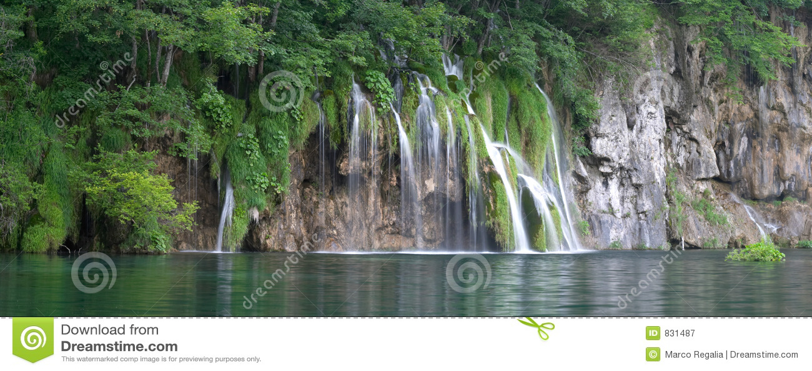 Waterfall in Plitvice lake (Plitvicka jezera)