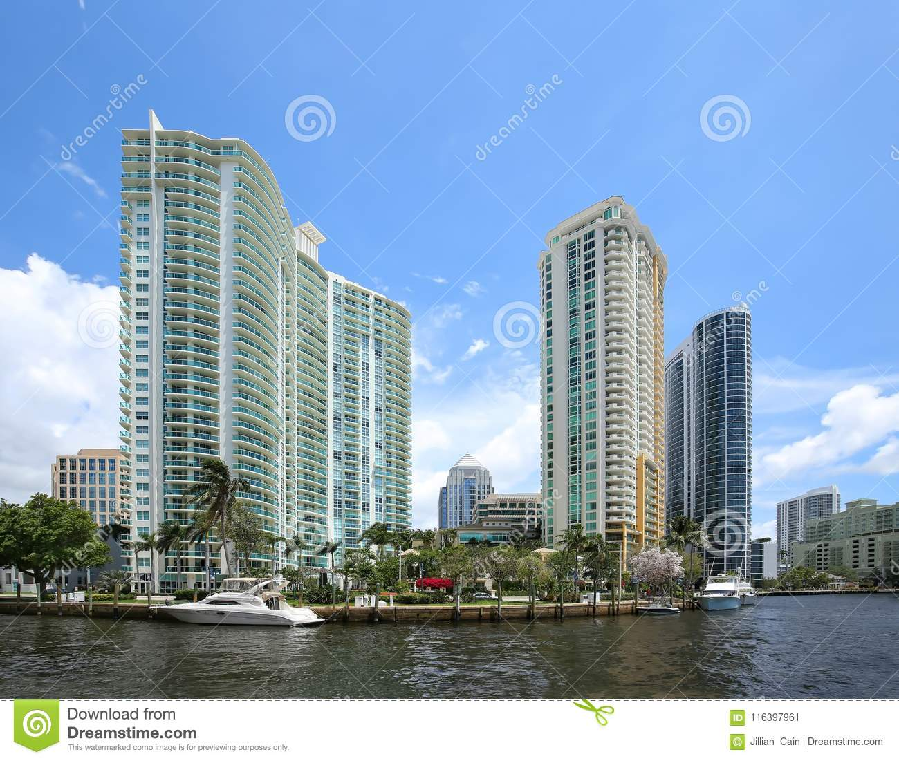 Riverfront Apartments: Waterfront Living In Downtown Fort Lauderdale, Florida