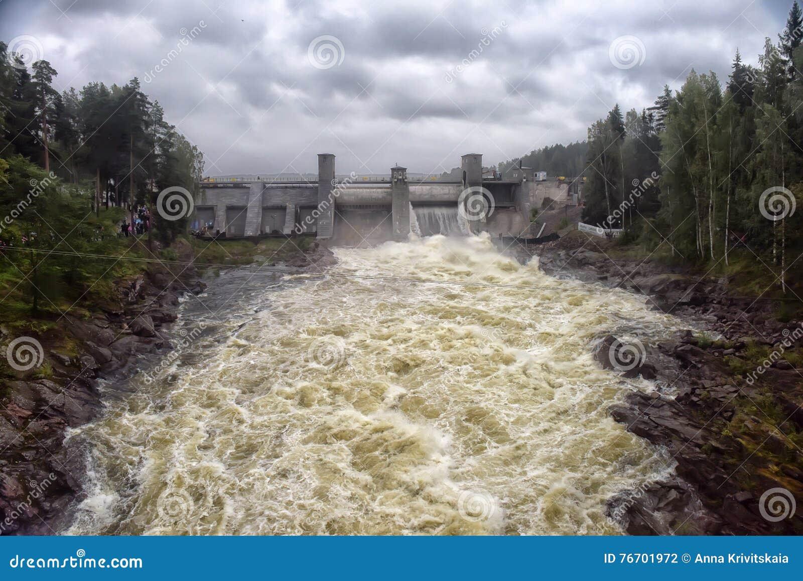 Waterkrachtcentrale in Imatra