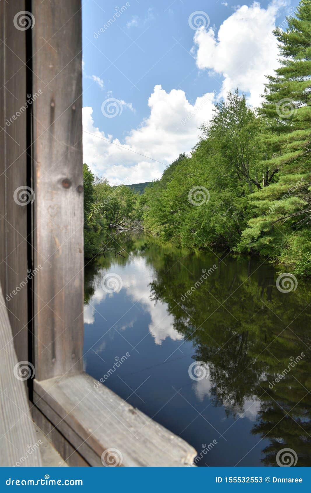 Waterloo cobriu a ponte, cidade de Warner, Merrimack County, New Hampshire, Estados Unidos, Nova Inglaterra