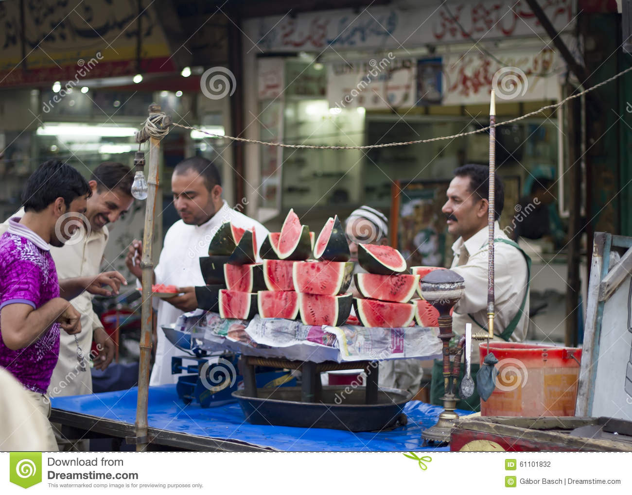 Watermelon vendors at the bazar in lahore pakistan for Bano bazar anarkali lahore