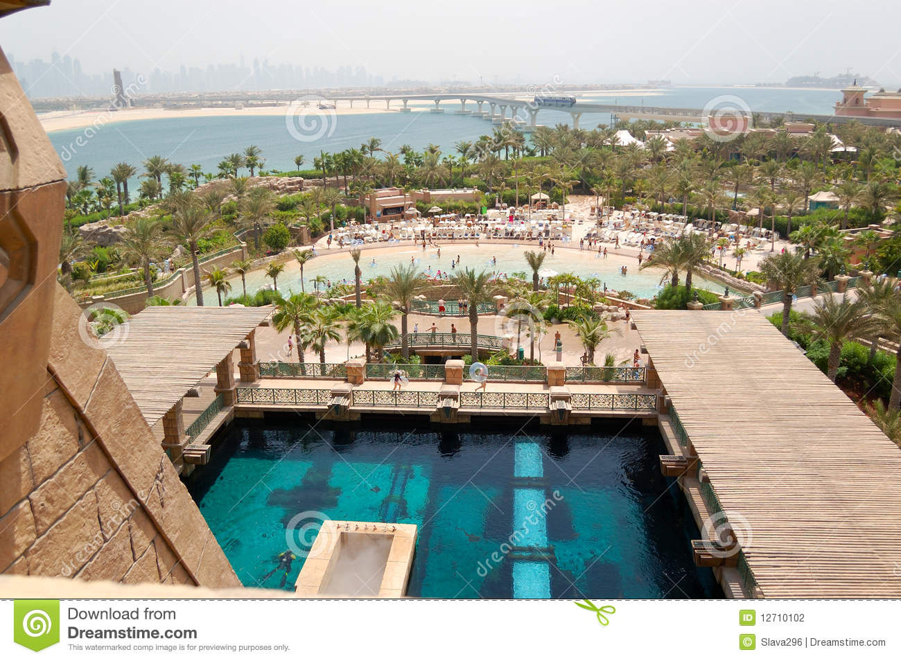 Waterpark Of Atlantis The Palm Hotel Editorial Photography Image 12710102