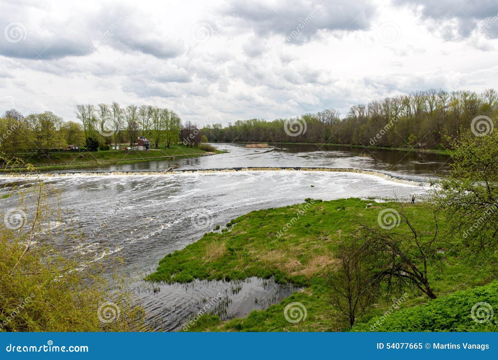 Waterval op de rivier