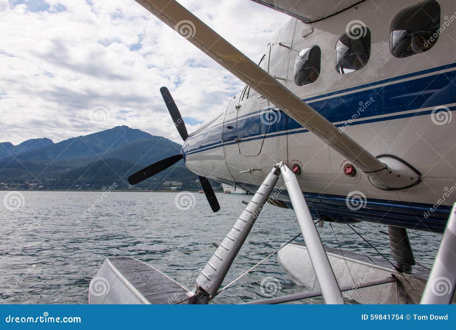 Watervliegtuig in Alaska