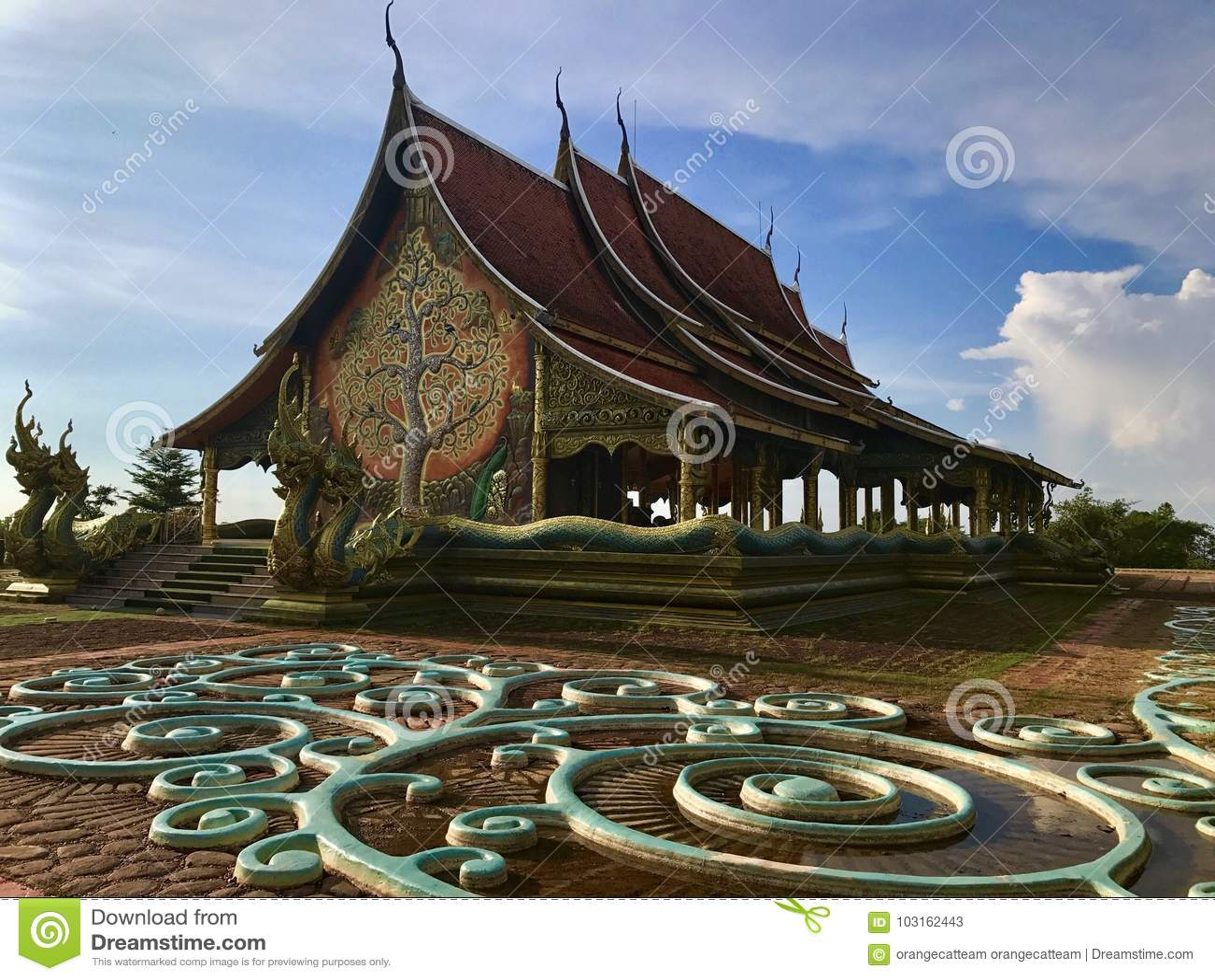 Watsirindhornwararam Ubon Ratchathani: Sep 2017 - de tempel van de kleine tempel