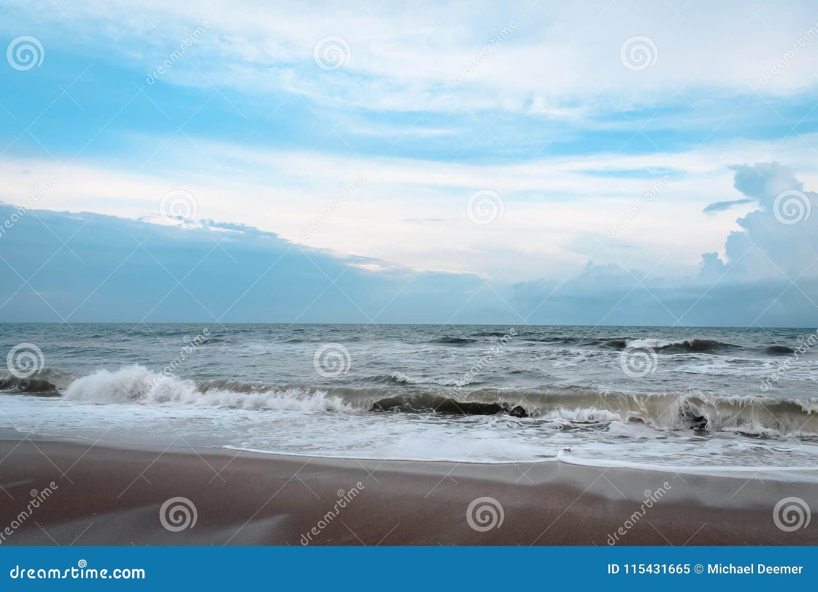 Waves Crashing In On A North Carolina Beach Stock Image - Image of