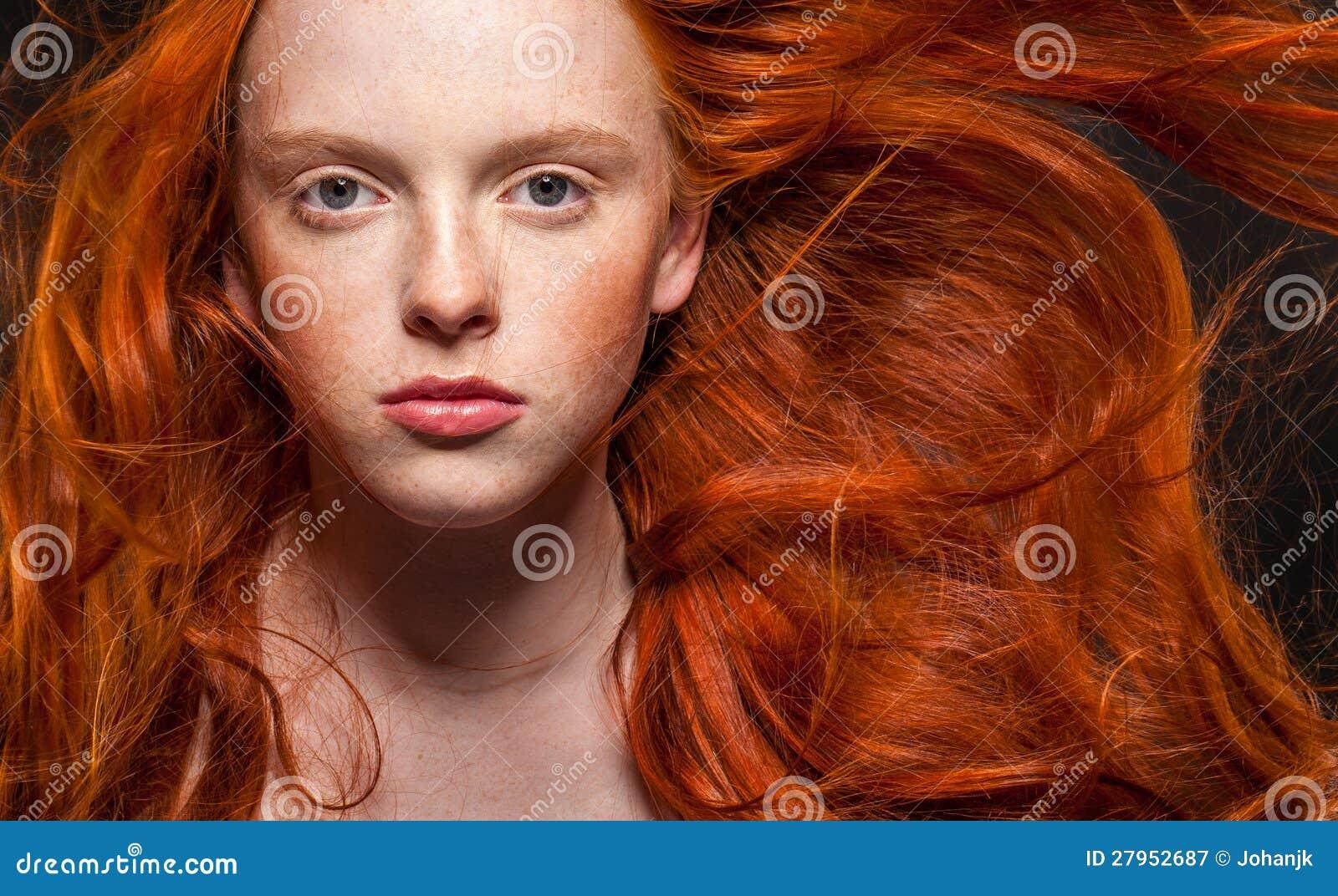Рыжий цвет волос причины