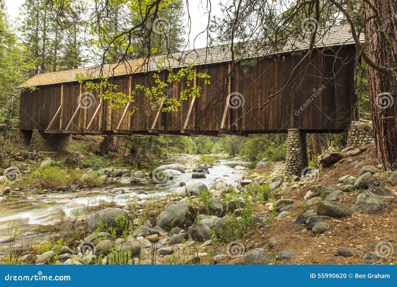 Wawona Zakrywał Bridżowego Yosemite