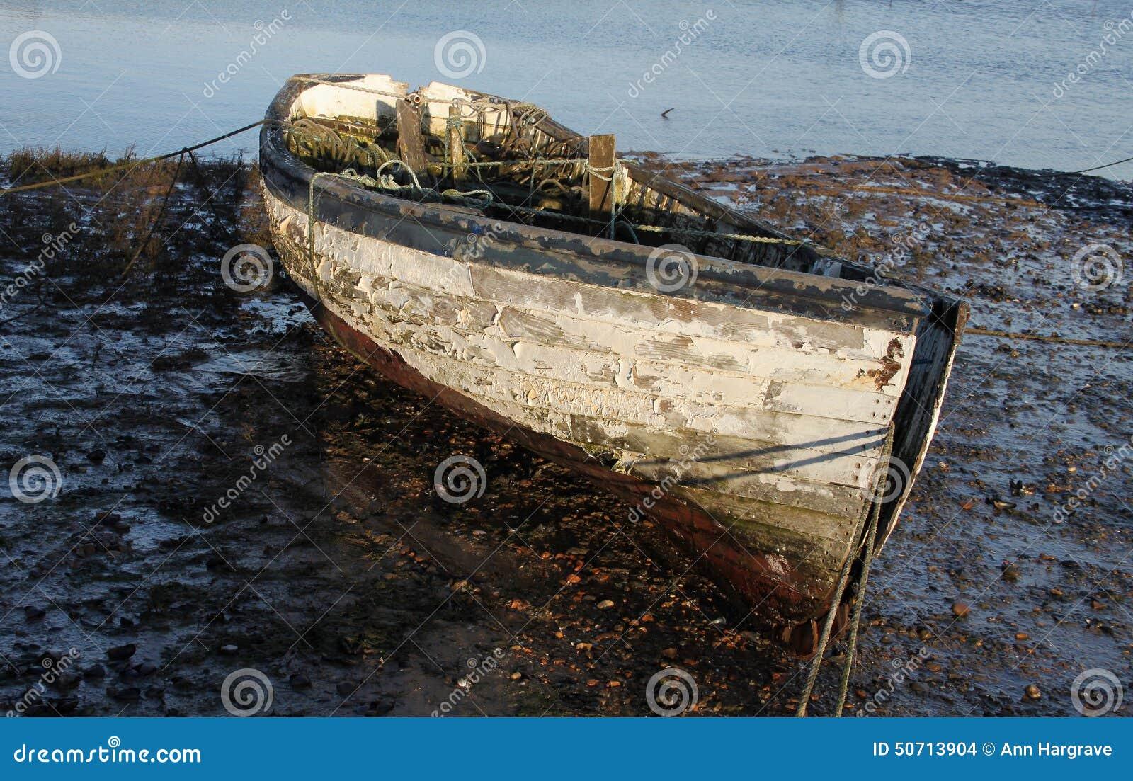 Wczesny Poranek, przypływy out, Stara łódkowata scena