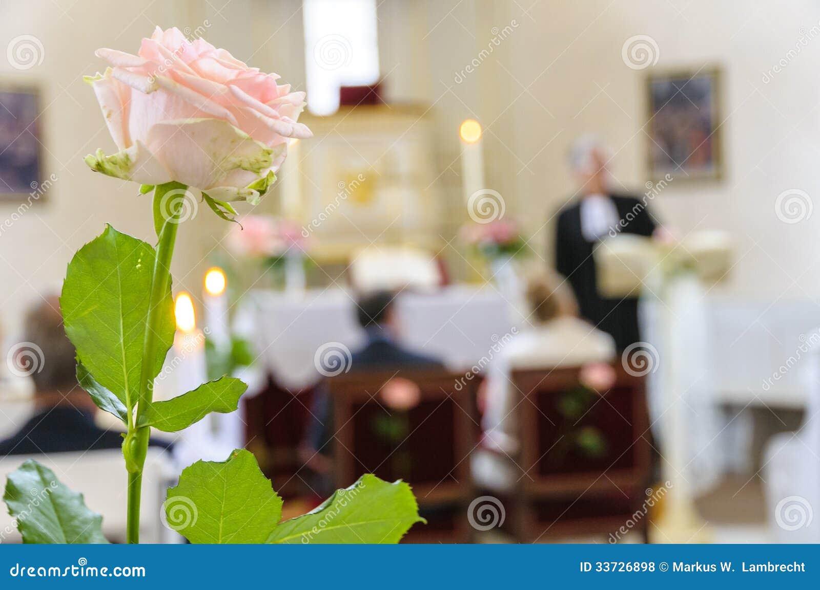 Wedding поднял