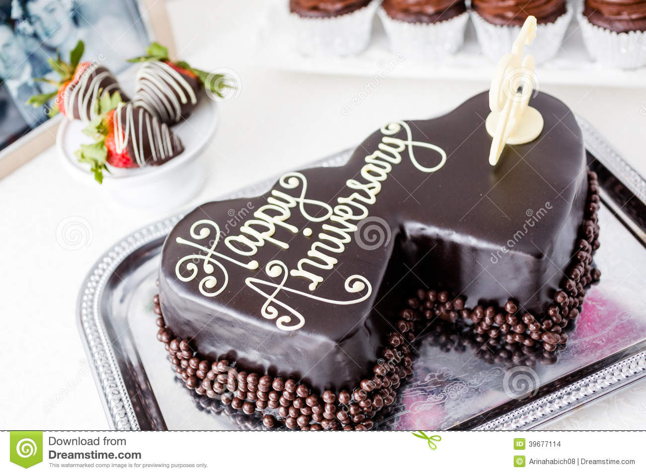 Anniversary Chocolate Cake Design : Wedding Anniversary Stock Photo - Image: 39677114