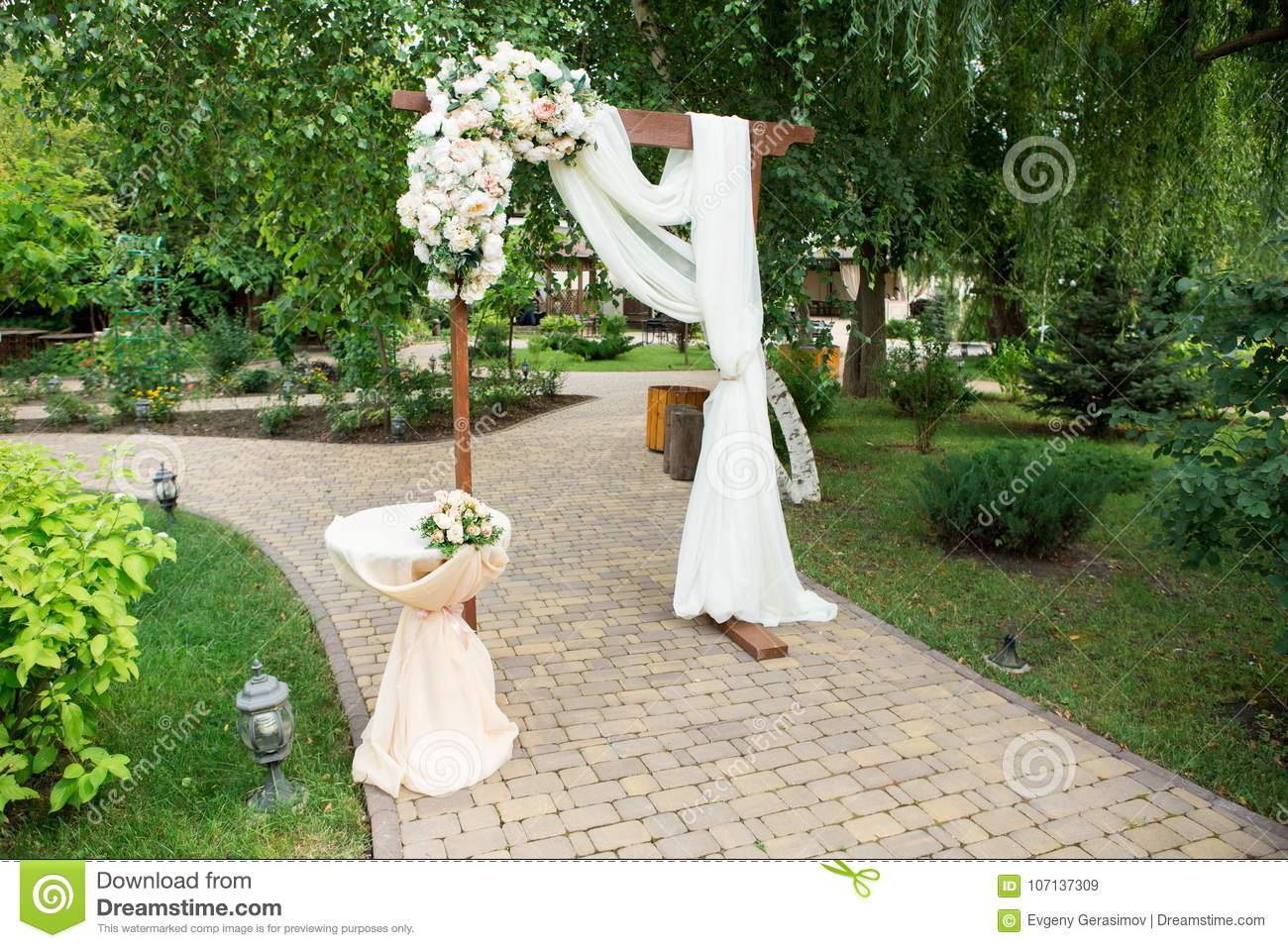 Wedding arch decorated with fresh flowers stock image image of download wedding arch decorated with fresh flowers stock image image of park decorative junglespirit Choice Image