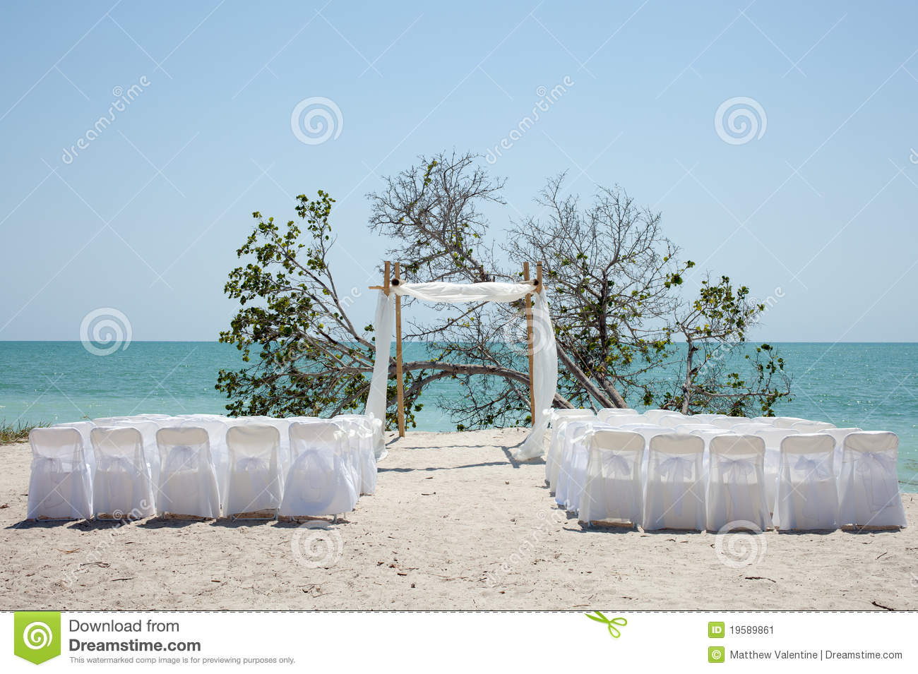Wedding on the beach - Royalty Free Stock Photo