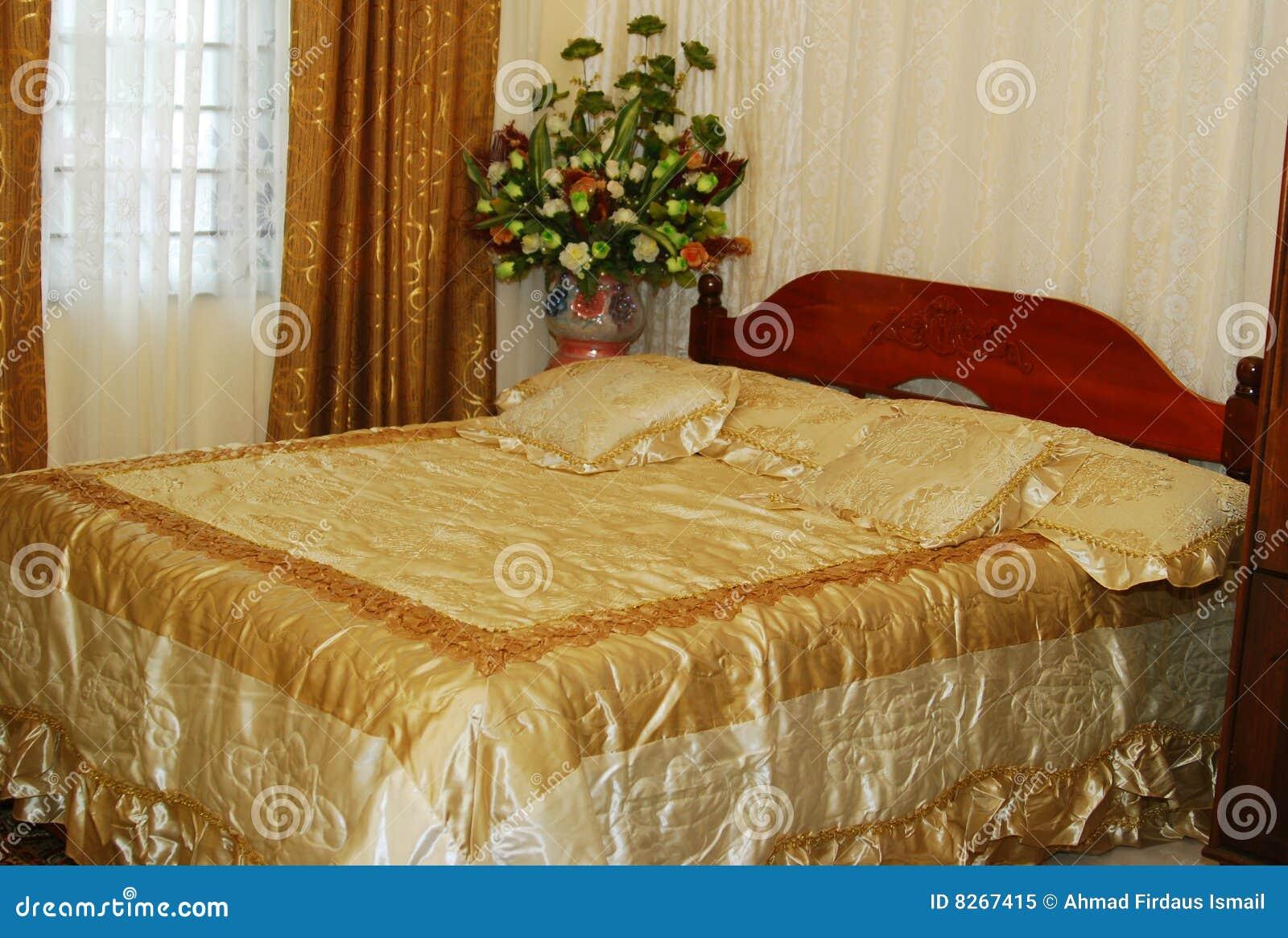 Wedding Bed Royalty Free Stock Photo Image 8267415