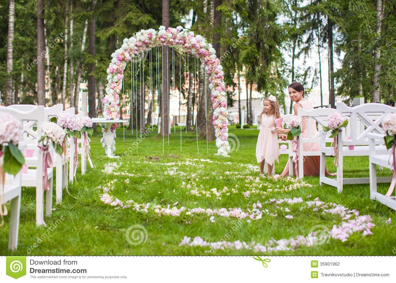 wedding benches with guests and flower arch for stock photo image of gate outdoor 35901962. Black Bedroom Furniture Sets. Home Design Ideas