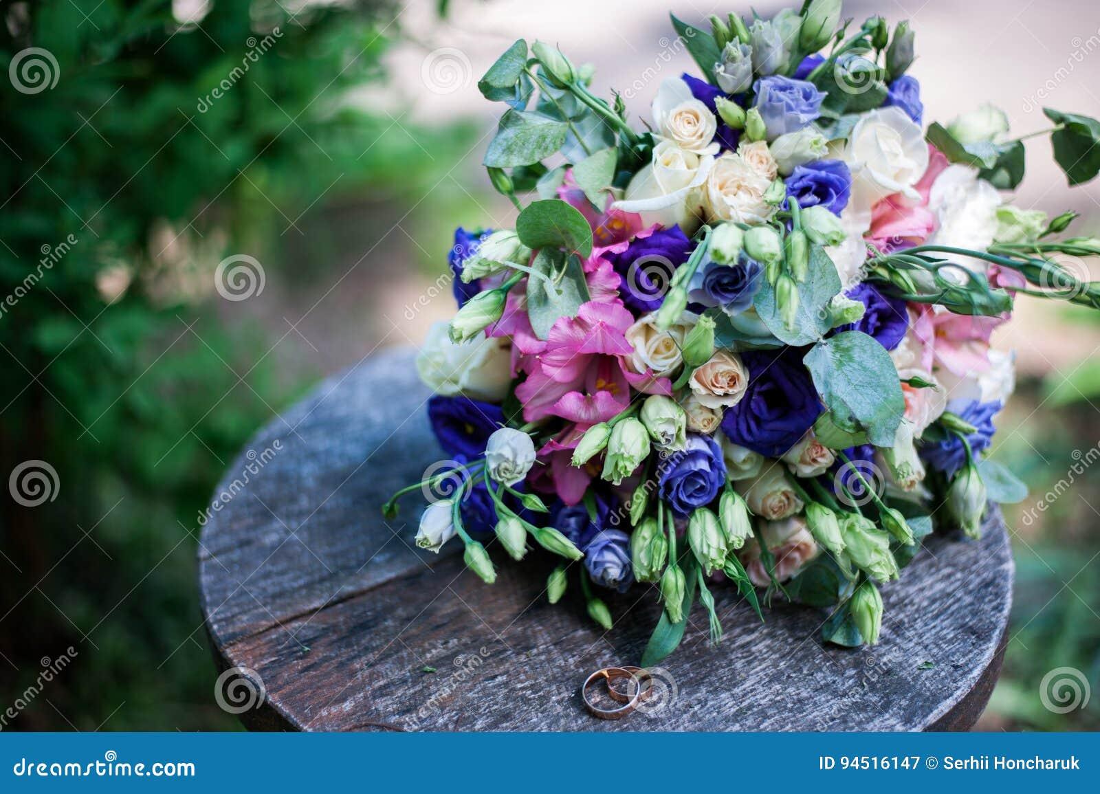 Wedding bouquet stock image image of love objects table 94516147 download wedding bouquet stock image image of love objects table 94516147 izmirmasajfo