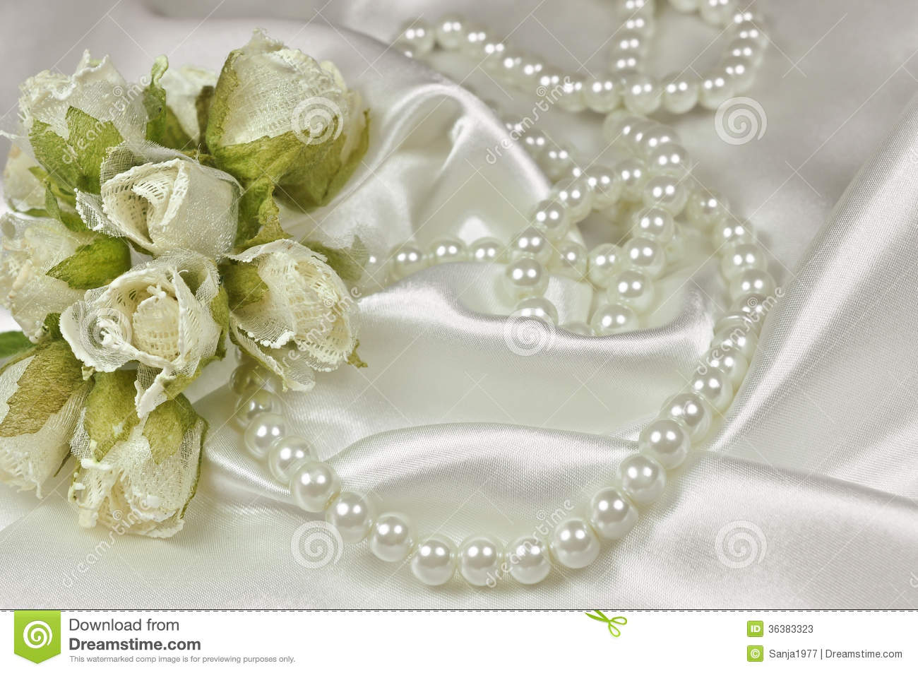 Wedding accessories pearls flowers pearls - Royalty Free Stock Photo Download Wedding Bouquet Of Roses And Pearl