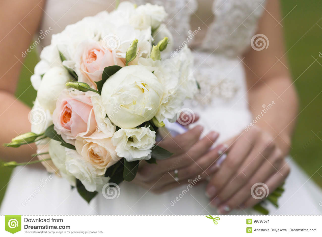 Wedding Bouquet Of White And Pale Pink Rose In Hands Of Bride Stock Image Image Of Ring Silver 98787571