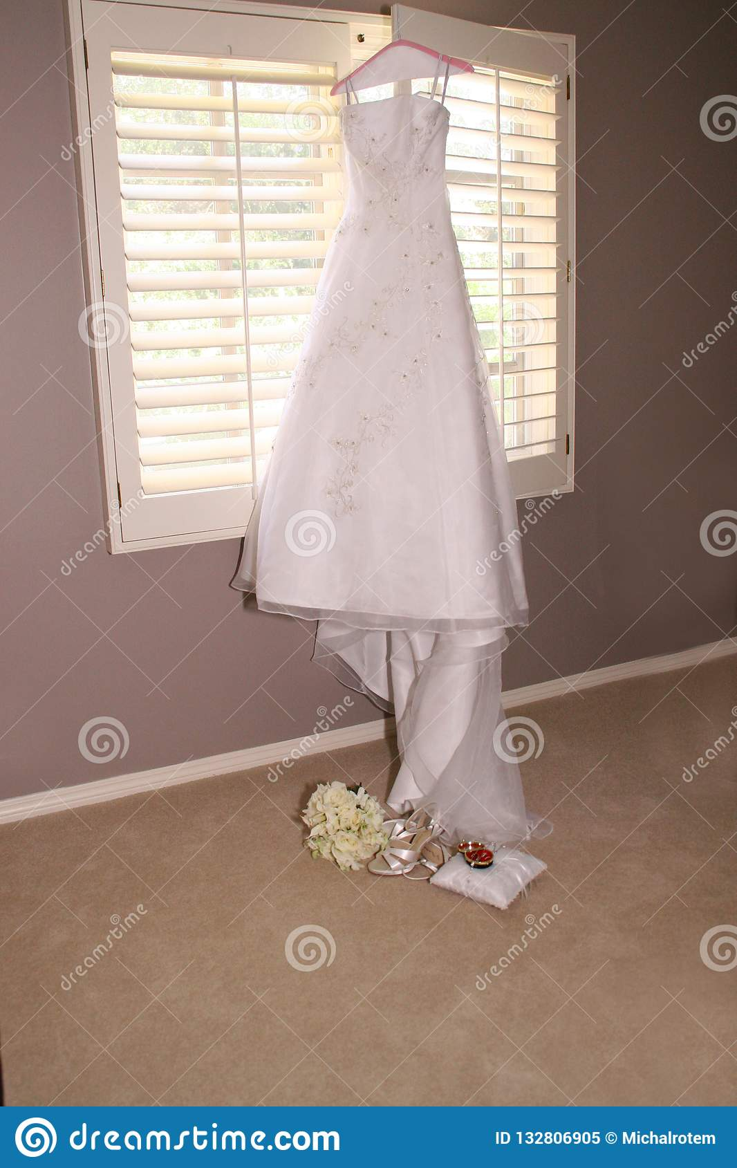 Pair Of Shoes Woman Bride Stock Image Image Of Folding