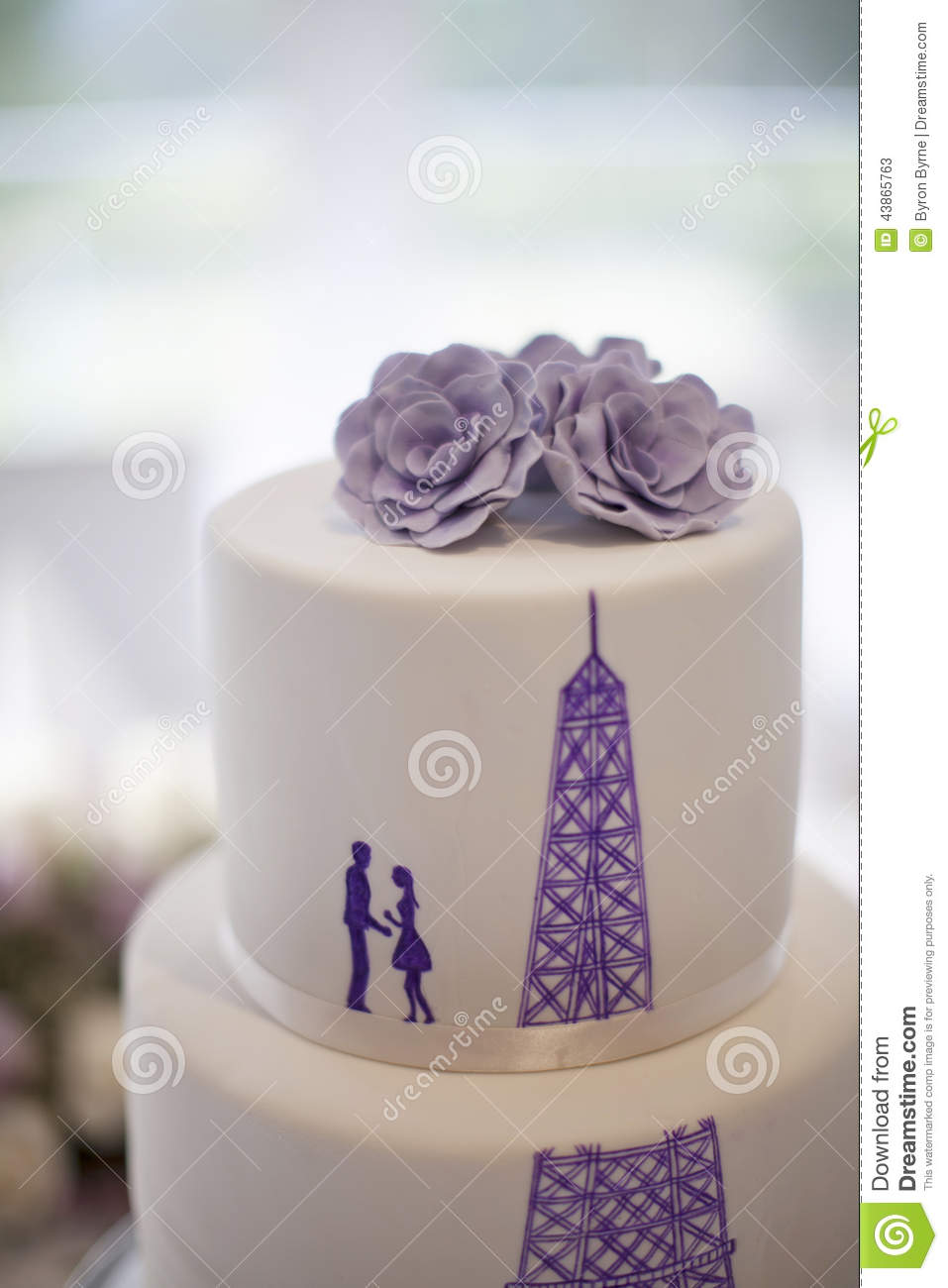 Wedding Cake Close-up With Silhouette Of A Couple And The Eiffel ...