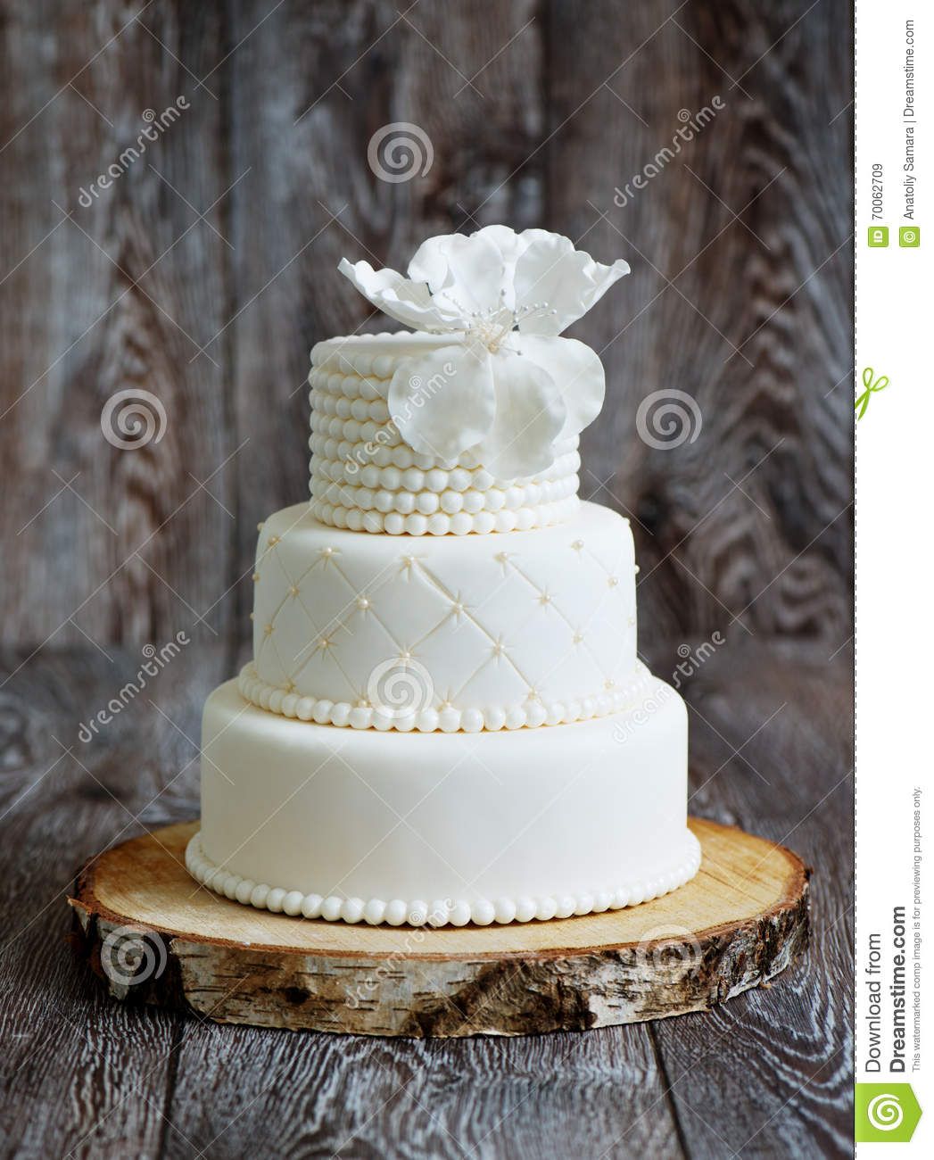 Wedding Cake Covered With White Fondant Stock Image - Image of beads ...