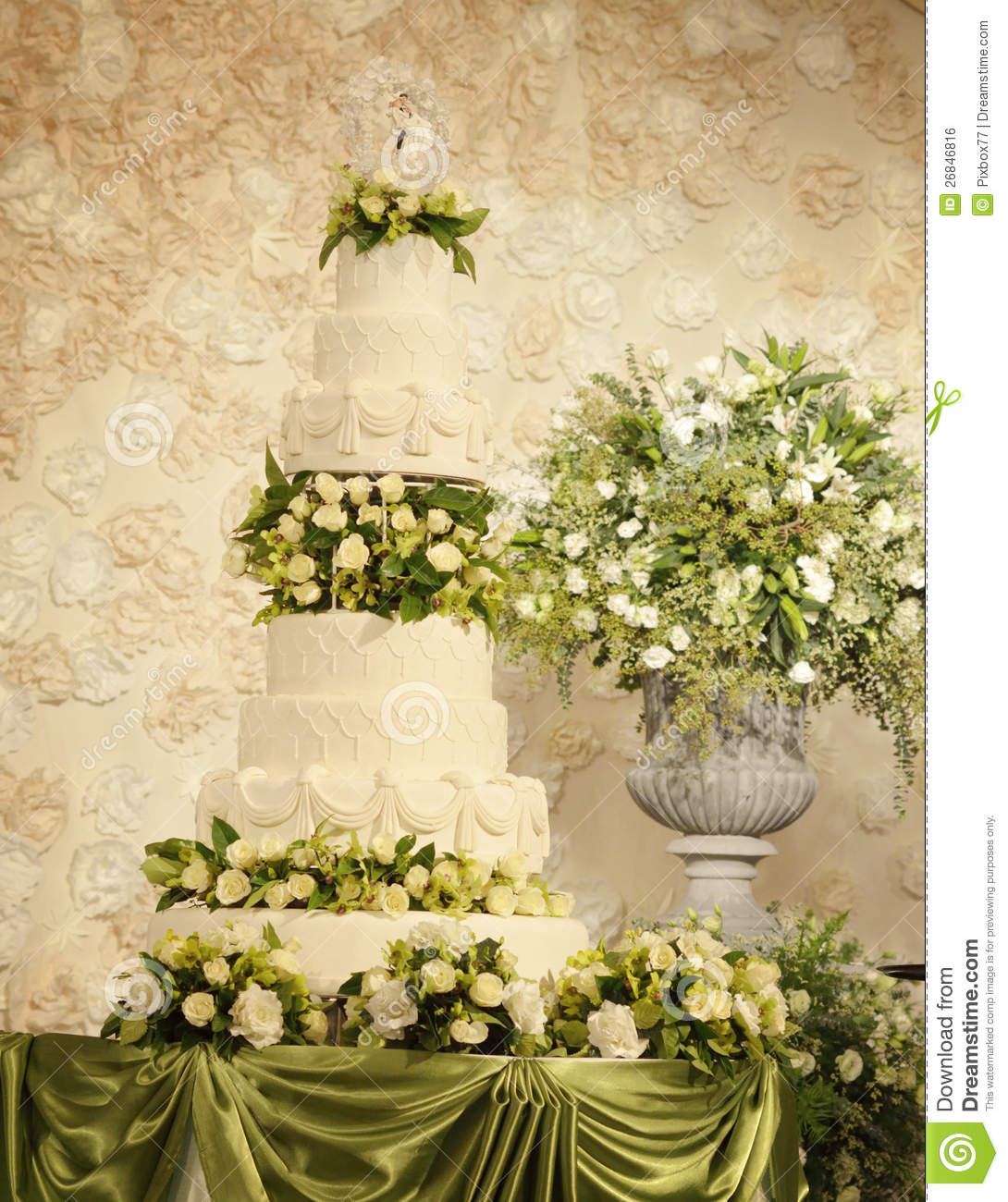 wedding cake with flower decorations stock photo image 26846816. Black Bedroom Furniture Sets. Home Design Ideas