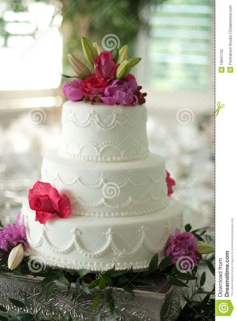 wedding cakes toppers flowers wedding cake with flower topper stock photo image 19841152 25733