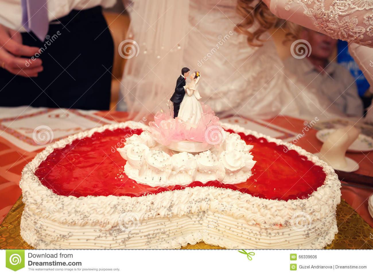 Bride Who In Cake Form 121