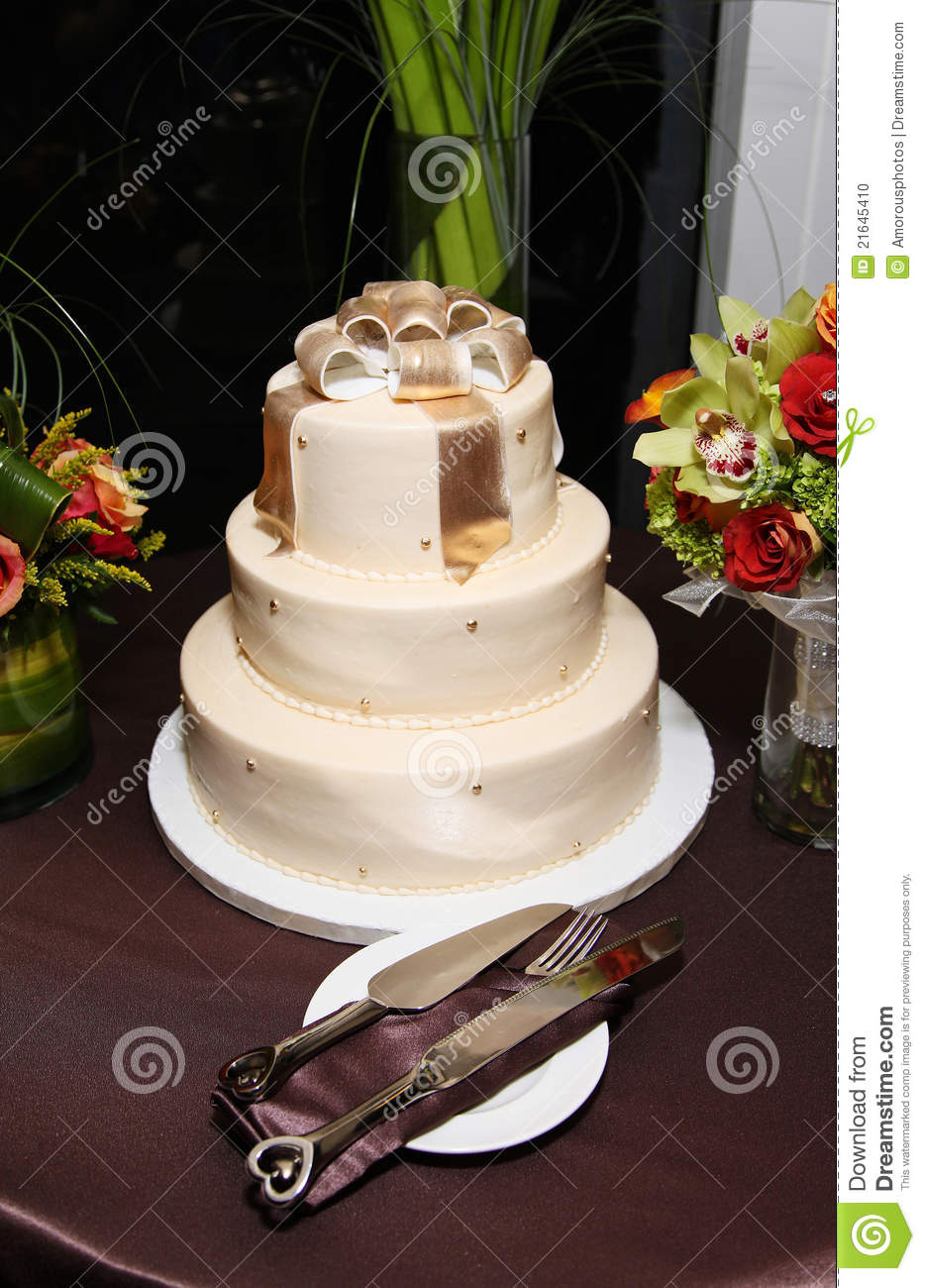 Wedding Cake With Gold Bow Topper Modern Classy Stock